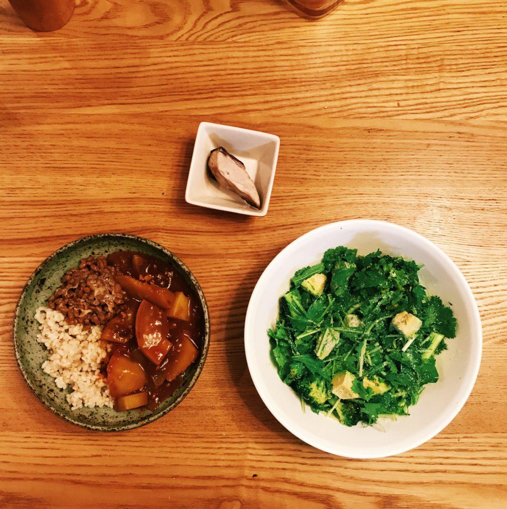 体の内からキレイになるアボカドとブロッコリーのグリーンサラダ